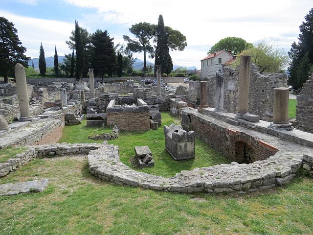 Manastirine : abside du complexe du IVe s.