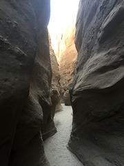 Calcite Mine Slot Canyon Hike (0671)