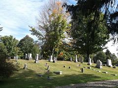 Pequeno monte funerário/ Small funeral hill