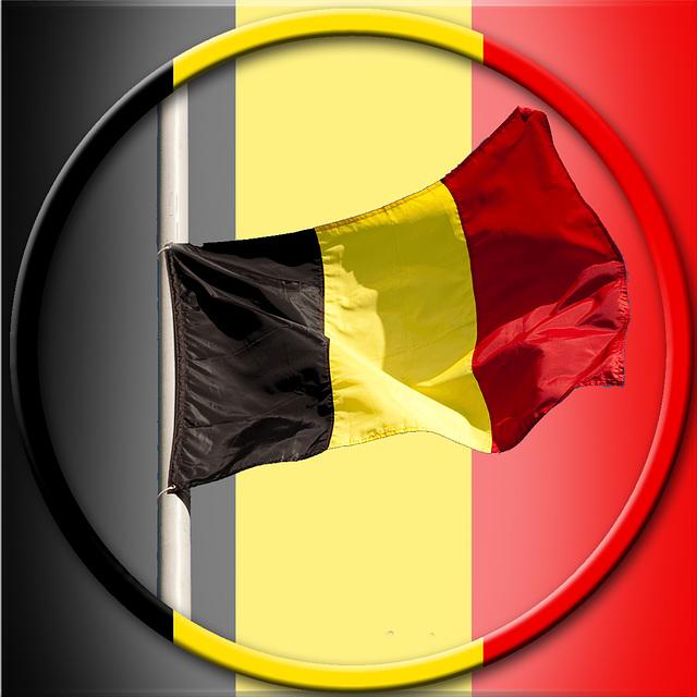 Shoulder to Shoulder ~ Schouder aan Schouder ~ Coude à Coude ~ Schulter an Schulter ~ Belgium