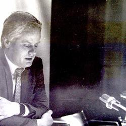 Ulrich-Lins 1986 en la Centro Pompidou, Parizo