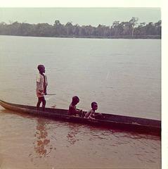Kwilu River boys, Bandundu, 1977