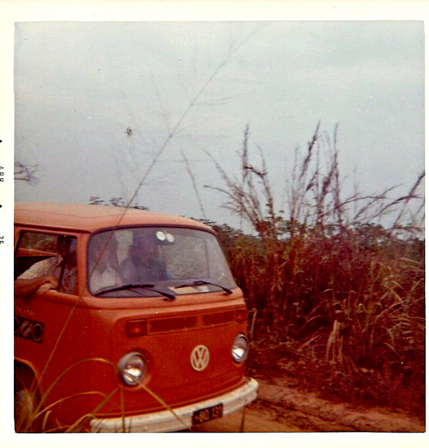 VW with crew, near Bandundu, Zaire, 1975