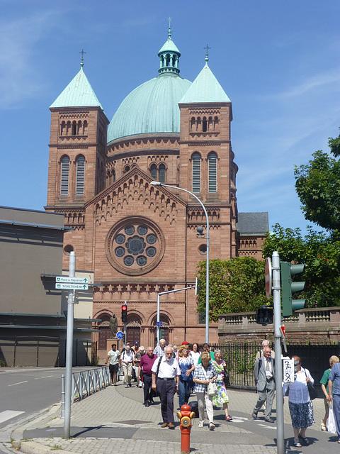 Strasburgo, , Preĝejo de Sankta Petro Juna Katolika.