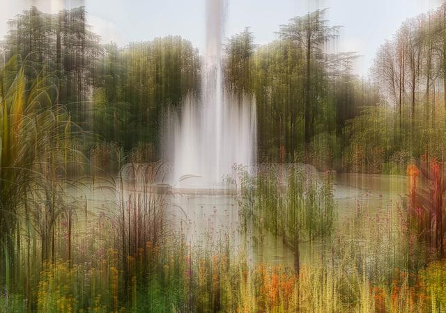 TOULOUSE ( France ), Jardin du GRAND ROND la fontaine
