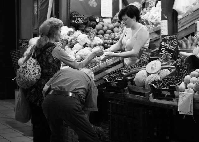 Shopping in Budapest Market