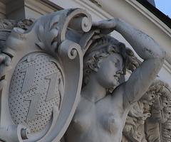 2 (19)...austria statue