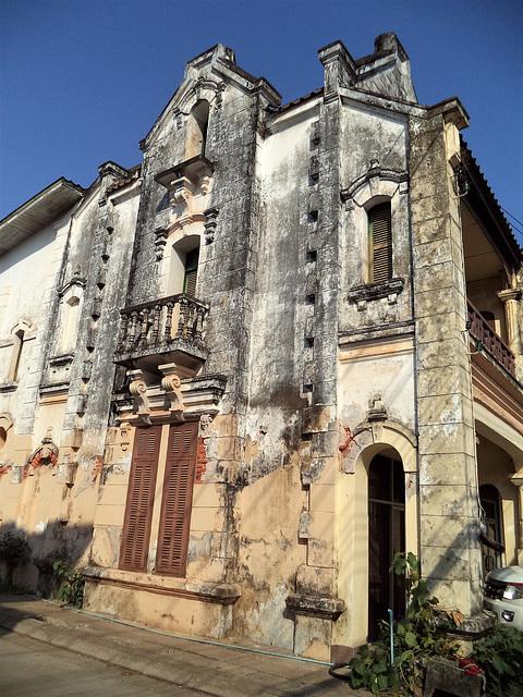 Balcon pour solitaire à bronzer (Laos)