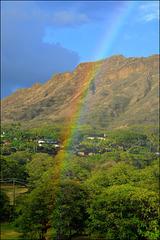 rainbow in front of diamond head