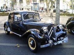 Citroën 11CV (1951).