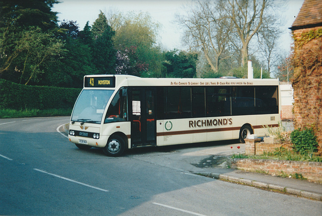 Richmond's X938 NUB in Barley - 11 May 2001