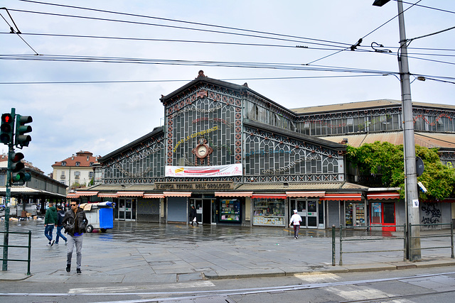 Turin 2017 – Market hall on the Piazza della Repubblica
