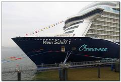 Mein Schiff 1 | Hotelburg auf See [:-(