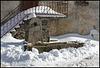fontaine dans la neige