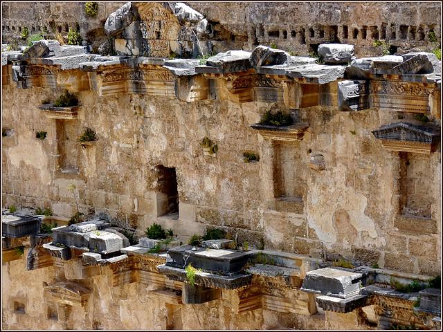 Manavgat : Antic Tiyatro di Aspendos   (detail)