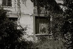 Fermé pour travaux / Closed for renovations