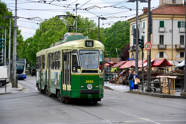 Turin 2017 – Tram 2852 on line 16