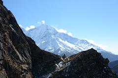 Thamserku Peak (6623m)
