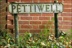 Pettiwell street sign