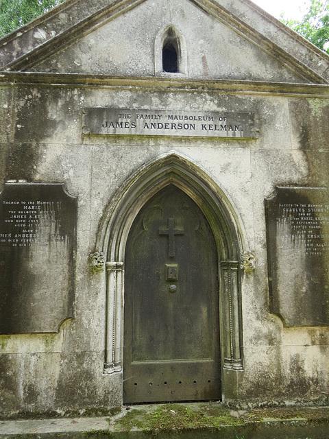 highgate west cemetery, london