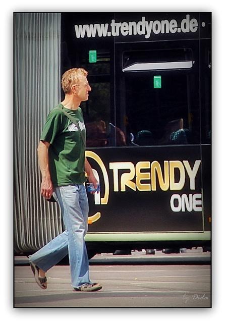 The TRENDY ONE...  (◕‿-)