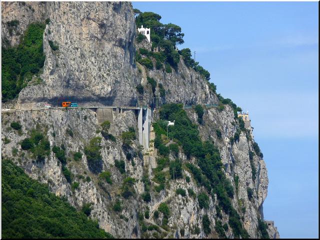 Capri : la strada che sale ad Anacapri - (809)