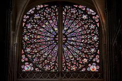 Rosace nord de Saint-Gatien de Tours (3e tiers du XIIIe)