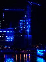Die Elbphilharmonie ( im Bau in Blau)