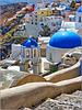 Santorini : le chiese ortodosse di Oia viste da sud