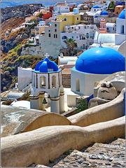 Santorini : le chiese ortodosse di Oia viste da sud - (1004)