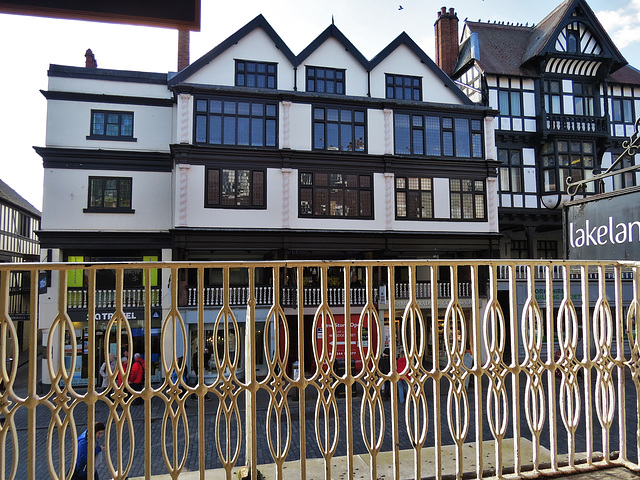 22-6, bridge st, chester