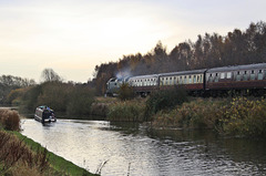 """Class 55 Deltic no 55022 """"Royal Scots Grey"""" passes """"No Easy Ventures"""" on the Fossdyke navigation"""