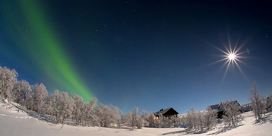 Full moon en Laponie