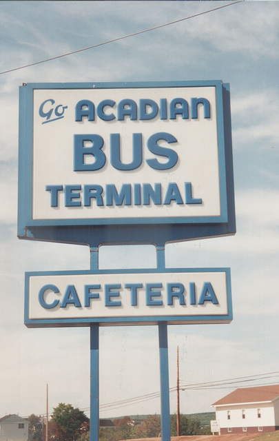 Acadian Lines sign at Antigonish, Nova Scotia - 7 Sep 1992 (174-08)
