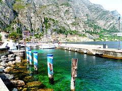 Limone. Porto Nuovo. Der neue Hafen. ©UdoSm