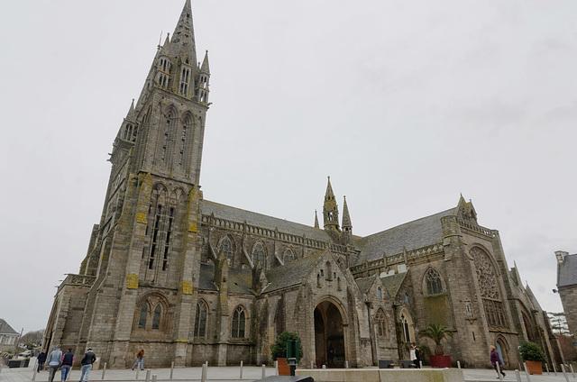 Cathédrale Saint-Paul-Aurélien (13e/16e siècles)