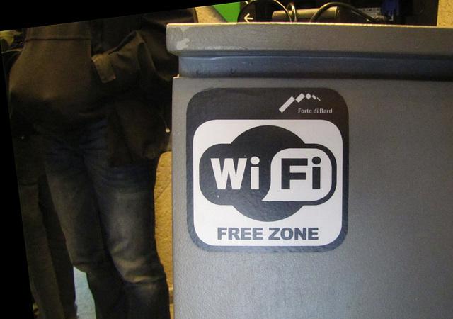 IMG 0562 ĉu senkosta aŭ sen-WiFi- zono?!