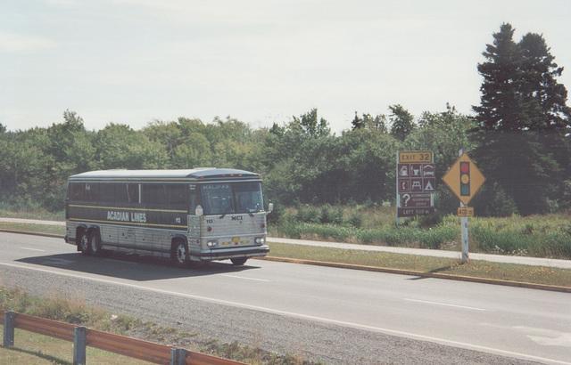 Acadian Lines 113 at Antigonish, Nova Scotia - 7 Sep 1992 (Ref 174-06)