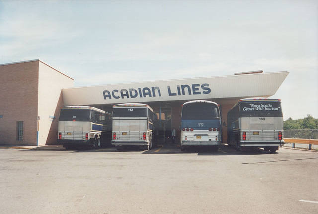 Acadian Lines terminal at Antigonish, Nova Scotia - 7 Sep 1992 (174-01)