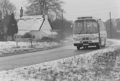United Counties VNH 166W at Barton Mills - 6 Jan 1985