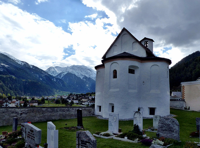 Val Müstair - Heiligkreuzkapelle
