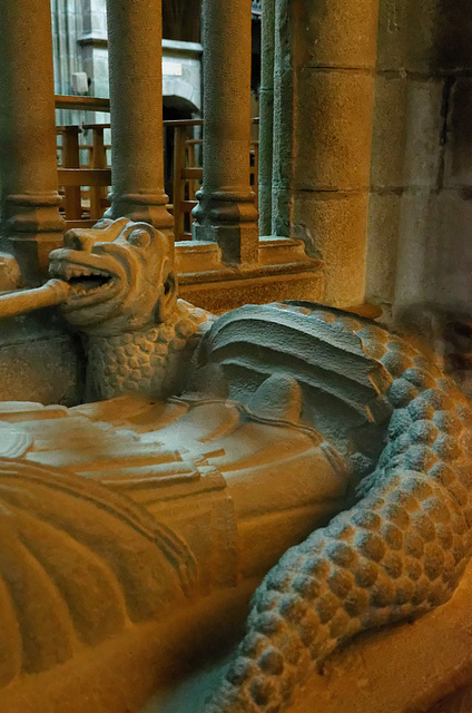Un dragon, ça tient toujours chaud aux pieds