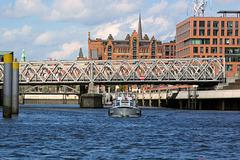 Hafenrundfahrt (12): Magdeburger Brücke