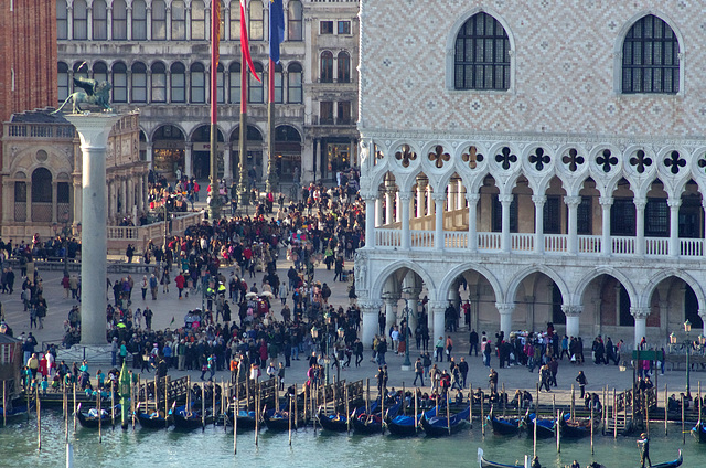Crowds in St Mark's Square