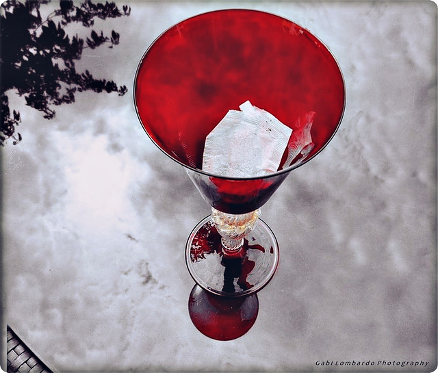 The 50 Images Project- tea bag - 42/50 - the red glass