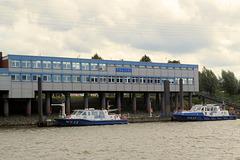 Hafenrundfahrt (5): Der WaschPoPo* im Hafen