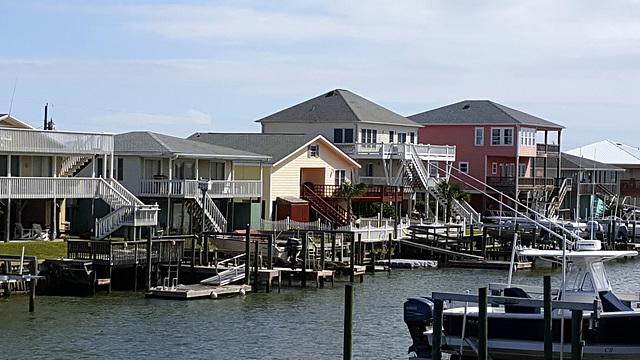 Island Roof Lines