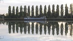 vielle péniche sur la Saône