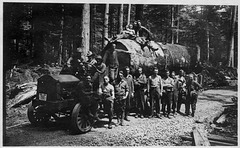 Spruce Soldiers on Logging Truck, 1918