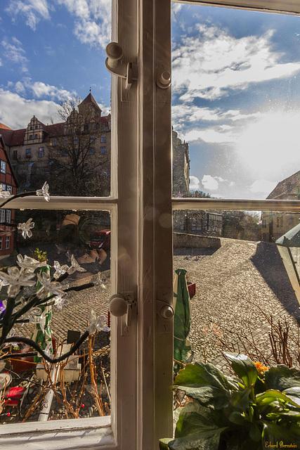 Das Schloss vorm Fenster
